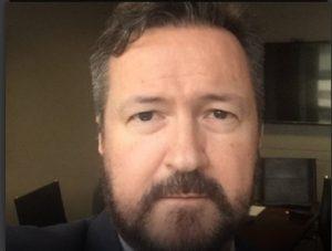 O advogado morreu em decorrência de complicações após uma queda sofrida no último fim de semana